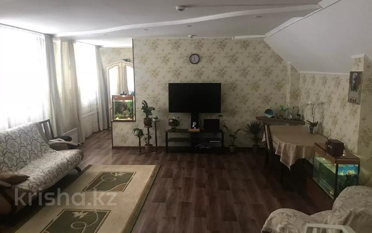 4-комнатная квартира, 110.7 м², 1/4 этаж, Жолдыбая Дастенова 29 за 18 млн 〒 в Семее