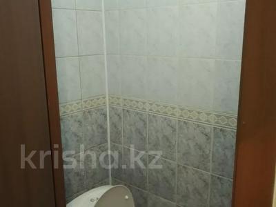 4-комнатная квартира, 82 м², 2/5 этаж, Тлендиева — Жандосова за 26.5 млн 〒 в Алматы, Бостандыкский р-н — фото 3