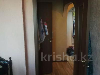 4-комнатная квартира, 82 м², 2/5 этаж, Тлендиева — Жандосова за 26.5 млн 〒 в Алматы, Бостандыкский р-н — фото 8