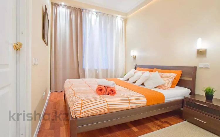 2-комнатная квартира, 65 м², 8/16 этаж посуточно, Навои 208/2 за 12 500 〒 в Алматы, Бостандыкский р-н