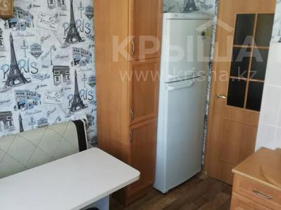 2-комнатная квартира, 52 м², 6/9 этаж, Сатыбалдина 4 — Муканова за 12 млн 〒 в Караганде, Казыбек би р-н — фото 9