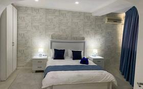 2-комнатная квартира, 77 м², 4/12 этаж по часам, Таукехана 29 — Кунаева за 2 500 〒 в Шымкенте