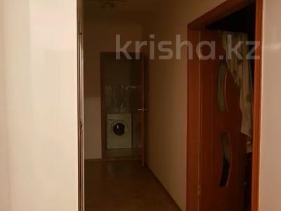 4-комнатная квартира, 100 м², 2/5 этаж посуточно, Новостройка 3 за 12 000 〒 в  — фото 11