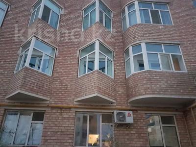4-комнатная квартира, 100 м², 2/5 этаж посуточно, Новостройка 3 за 12 000 〒 в  — фото 15