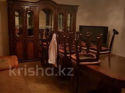 4-комнатная квартира, 100 м², 2/5 этаж посуточно, Новостройка 3 за 12 000 〒 в  — фото 5