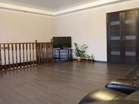 10-комнатный дом, 259.6 м², 4 сот.