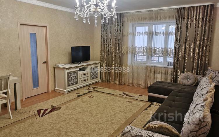 2-комнатная квартира, 78 м², 3/18 этаж, Кенен Азырбаев за 26 млн 〒 в Нур-Султане (Астана), Алматы р-н