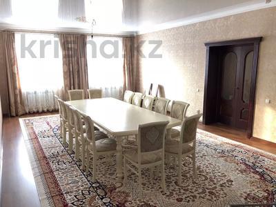6-комнатный дом, 240 м², 6 сот., Братьев Жубановых — Пацаева за 37 млн 〒 в Актобе