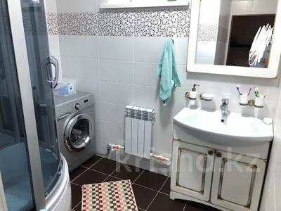 6-комнатный дом, 240 м², 6 сот., Братьев Жубановых — Пацаева за 37 млн 〒 в Актобе — фото 5