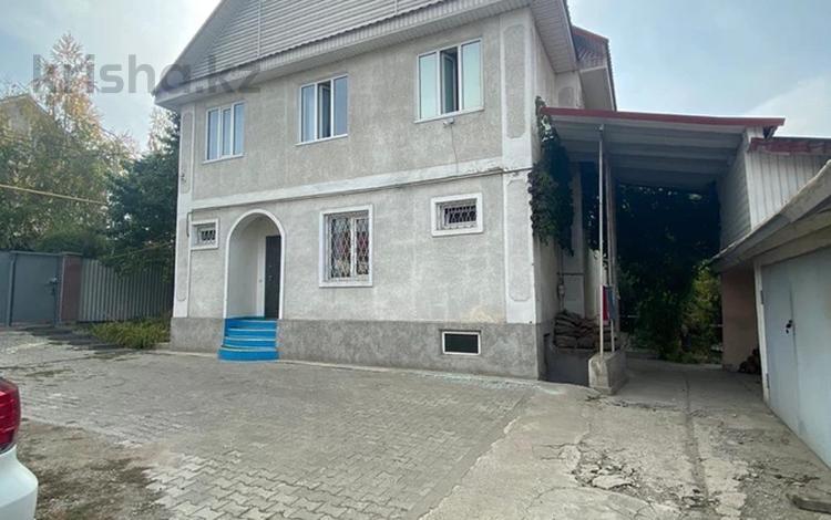 6-комнатный дом, 220 м², 10 сот., мкр Мамыр-4 85 — Абая за 125 млн 〒 в Алматы, Ауэзовский р-н