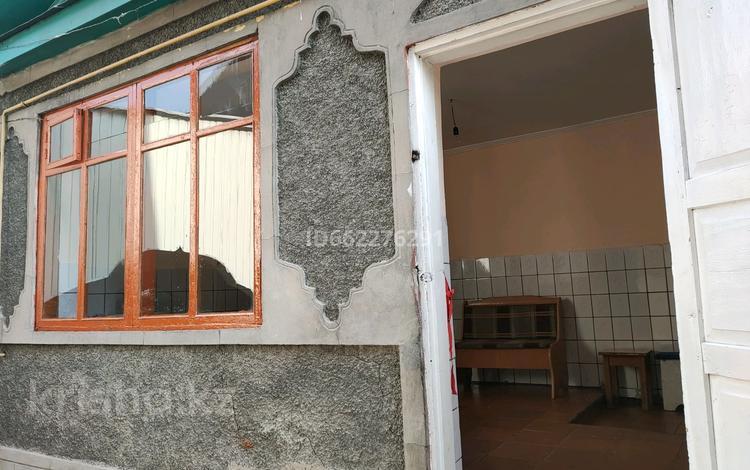 2-комнатная квартира, 40 м², 1/1 этаж помесячно, Розыбакиева 92 — Алдабергенова за 35 000 〒 в Туздыбастау (Калинино)