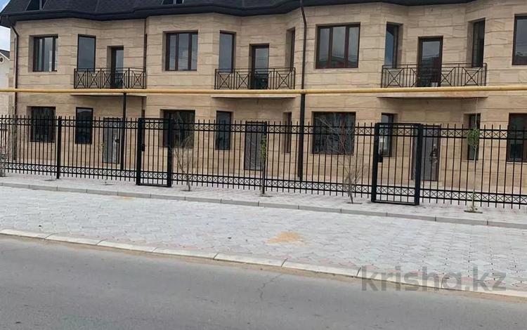 7-комнатный дом, 310 м², 7 сот., 29-й мкр, Толкын 2 за 35 млн 〒 в Актау, 29-й мкр