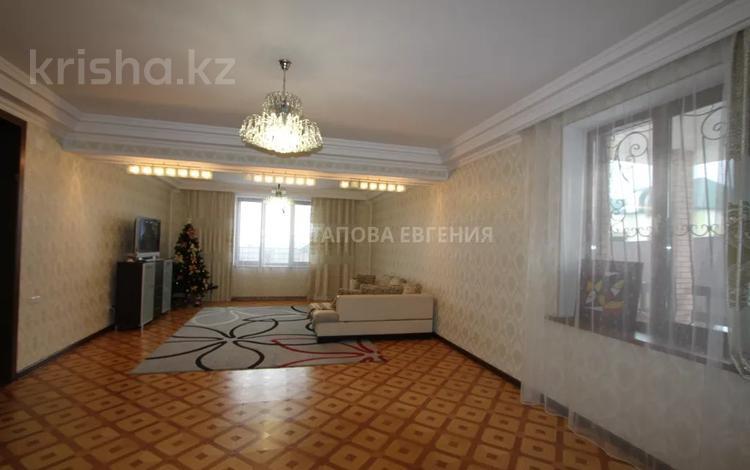 8-комнатный дом, 483 м², 12 сот., мкр Ерменсай — Талапты за 201.4 млн 〒 в Алматы, Бостандыкский р-н