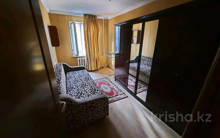 2-комнатная квартира, 46 м², 3/5 этаж помесячно, Панфилова 61 — Макатаева за 140 000 〒 в Алматы, Алмалинский р-н