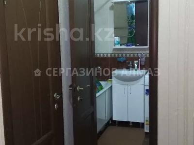 1-комнатная квартира, 42 м², 5/5 этаж, мкр Аксай-2 40 за 14 млн 〒 в Алматы, Ауэзовский р-н — фото 6