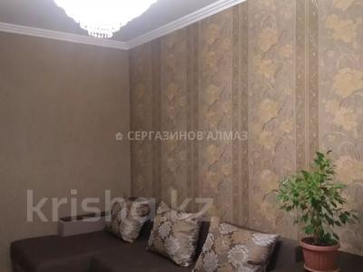 1-комнатная квартира, 42 м², 5/5 этаж, мкр Аксай-2 40 за 14 млн 〒 в Алматы, Ауэзовский р-н — фото 2