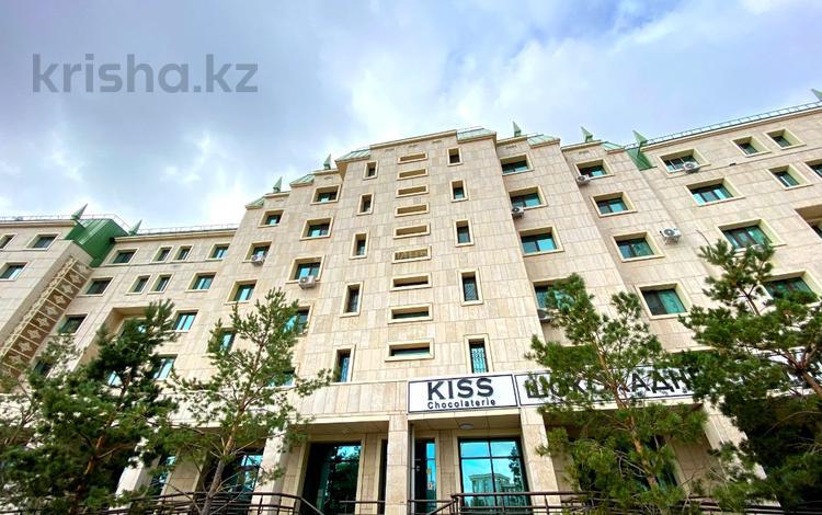 Помещение площадью 293 м², проспект Кабанбай Батыра 13 — Сарайшык за 6 000 〒 в Нур-Султане (Астана), Есиль р-н