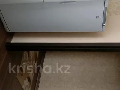 2-комнатная квартира, 60 м², 10/10 этаж, Азербаева 4 за 15 млн 〒 в Нур-Султане (Астана), Алматинский р-н — фото 12