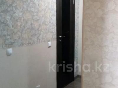 2-комнатная квартира, 60 м², 10/10 этаж, Азербаева 4 за 15 млн 〒 в Нур-Султане (Астана), Алматинский р-н — фото 9