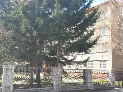 Здание, площадью 1929.5 м², Евгения Брусиловского 89 за 319 млн 〒 в Усть-Каменогорске — фото 2