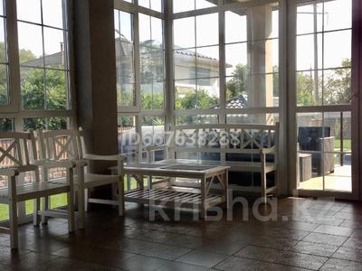 6-комнатный дом, 480 м², 12.6 сот., Алатауская трасса за 160 млн 〒 в Туздыбастау (Калинино)