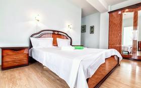 2-комнатная квартира, 110 м², 16/38 этаж посуточно, Достык 5 — Сауран за 12 000 〒 в Нур-Султане (Астана), Есиль р-н