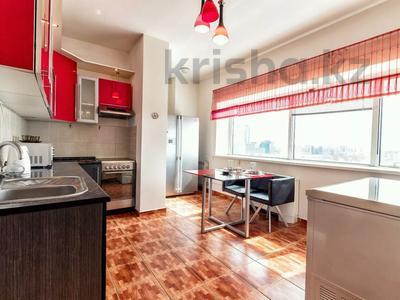 2-комнатная квартира, 110 м², 16/38 этаж посуточно, Достык 5 — Сауран за 12 000 〒 в Нур-Султане (Астана), Есиль р-н — фото 7