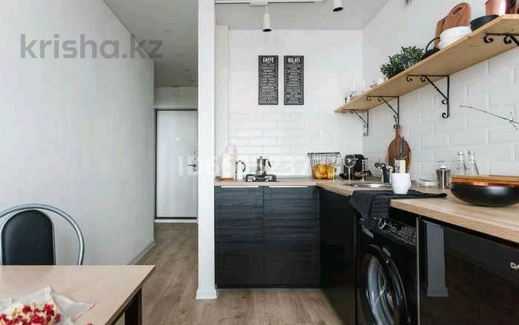 1-комнатная квартира, 33 м², 5/10 этаж посуточно, улица Жамакаева — Ленина за 6 000 〒 в Семее