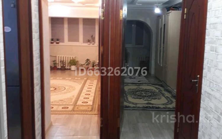 3-комнатная квартира, 68 м², 4/5 этаж, 4-й мкр 22 за 11.5 млн 〒 в Актау, 4-й мкр
