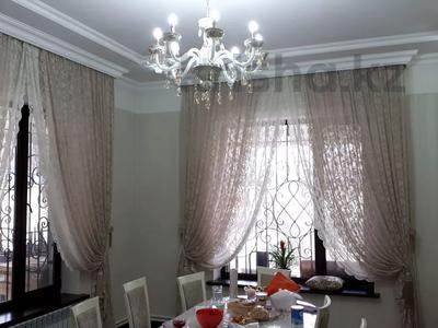 8-комнатный дом, 440 м², 10 сот., Ул.Опытная 21 за 120 млн 〒 в Таразе — фото 4