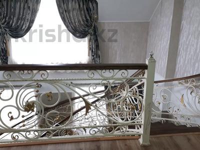 8-комнатный дом, 440 м², 10 сот., Ул.Опытная 21 за 120 млн 〒 в Таразе — фото 7