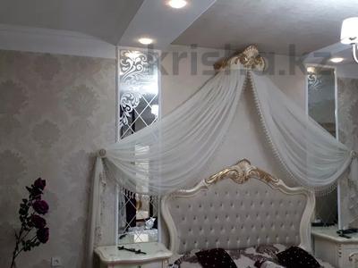 8-комнатный дом, 440 м², 10 сот., Ул.Опытная 21 за 120 млн 〒 в Таразе — фото 10