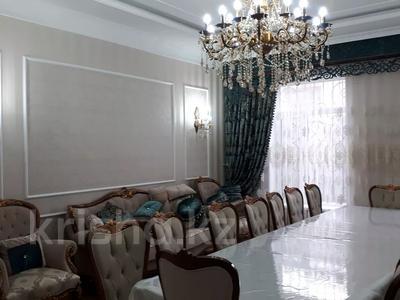 8-комнатный дом, 440 м², 10 сот., Ул.Опытная 21 за 120 млн 〒 в Таразе — фото 11