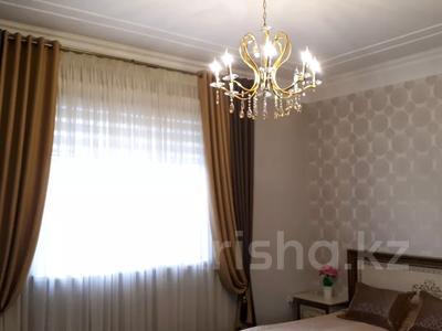 8-комнатный дом, 440 м², 10 сот., Ул.Опытная 21 за 120 млн 〒 в Таразе — фото 15