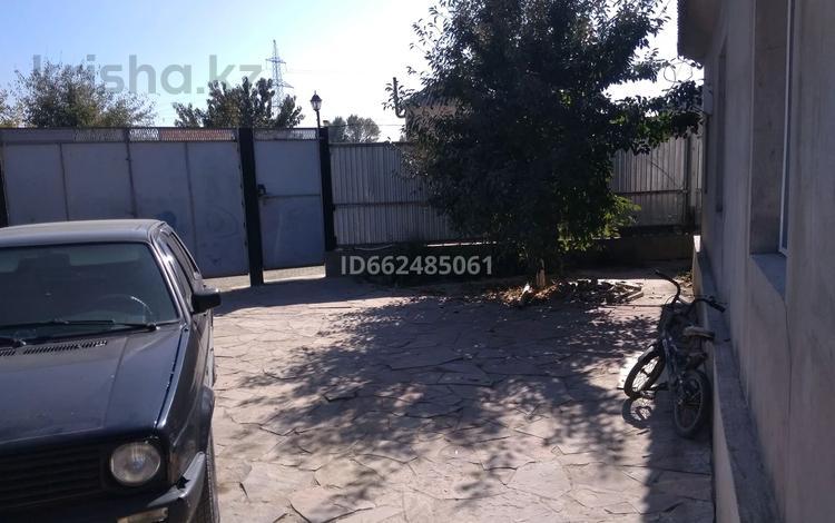 5-комнатный дом, 170 м², 19 сот., улица Шокана Валиханова 2 за 16 млн 〒 в Таразе