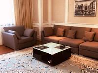 5-комнатная квартира, 250 м², 8 этаж помесячно