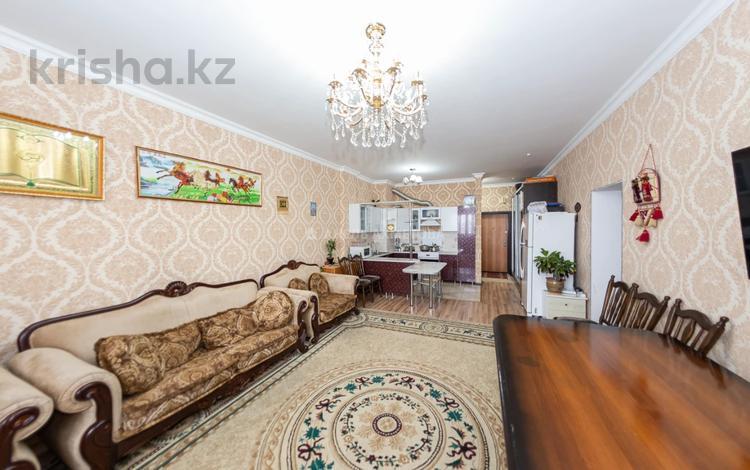 3-комнатная квартира, 84 м², 6/18 этаж, Байтурсынова 12 за 27 млн 〒 в Нур-Султане (Астана), Алматы р-н