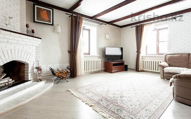 5-комнатный дом, 366.4 м², 12 сот., Жалела Кизатова за 87 млн 〒 в Петропавловске