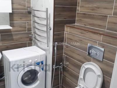 2-комнатная квартира, 65 м², 3/11 этаж помесячно, Казыбек би за 250 000 〒 в Алматы, Медеуский р-н — фото 11