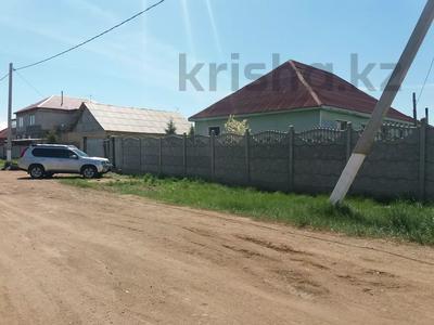 8-комнатный дом, 150 м², 10 сот., Уркер 80 — Аксуек за 25 млн 〒 в Нур-Султане (Астана), Есиль р-н