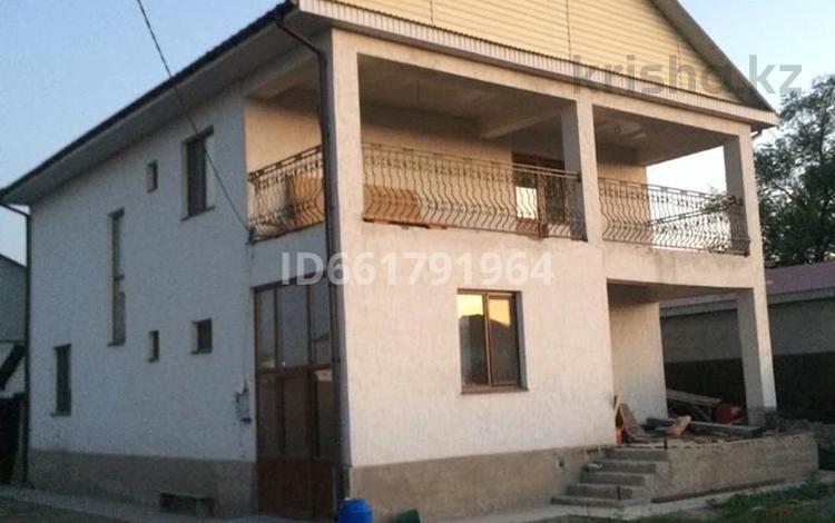 6-комнатный дом, 270 м², 6 сот., Посёлок Жалын 67 за 30 млн 〒 в