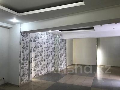 Магазин площадью 102.2 м², Жандосова — Алтынсарина за 57 млн 〒 в Алматы, Ауэзовский р-н — фото 2