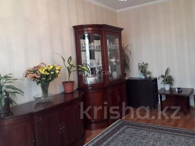 3-комнатная квартира, 72 м², 9/9 этаж, мкр Жетысу-2, Мкр. Жетысу-2 за 24.2 млн 〒 в Алматы, Ауэзовский р-н — фото 3