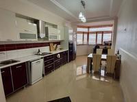 3-комнатная квартира, 135 м², 9 этаж помесячно
