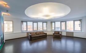 3-комнатная квартира, 119 м², 7/10 этаж, Сембинова 9 за 34.2 млн 〒 в Нур-Султане (Астана), р-н Байконур