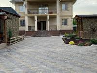 6-комнатный дом, 390 м², 8 сот.