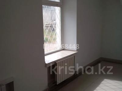 Магазин площадью 1000 м², Бектурова 8 — Торайгырова за 2 000 〒 в Павлодаре — фото 7