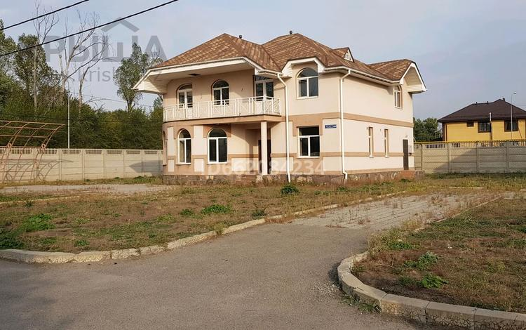 6-комнатный дом, 260 м², 10 сот., Жас Канат за 55 млн 〒 в Алматы, Турксибский р-н