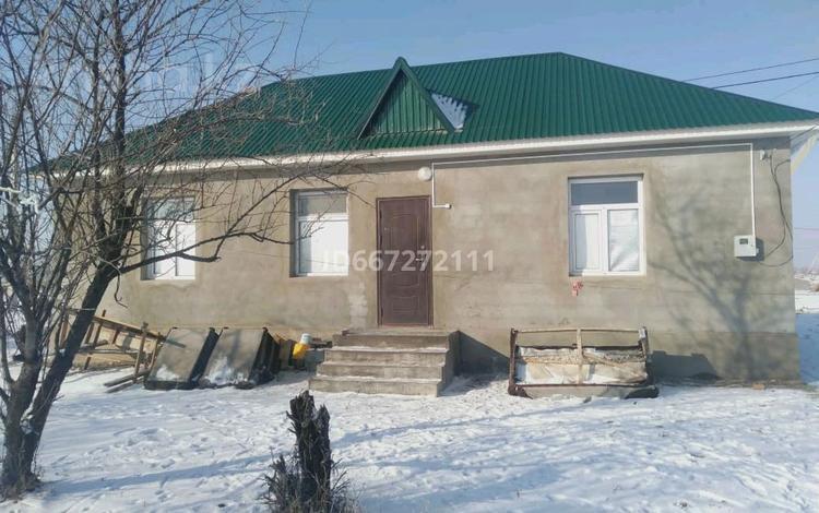 3-комнатный дом, 54 м², 10 сот., Шанырак за 7 млн 〒 в Таразе