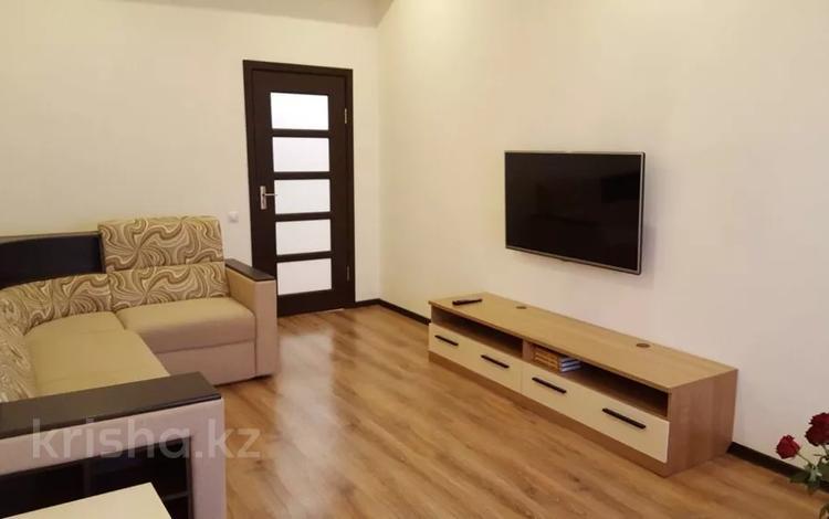 2-комнатная квартира, 62 м², 14/14 этаж помесячно, 17-й мкр 7 за 200 000 〒 в Актау, 17-й мкр